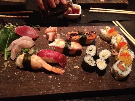 Tabla de sushi de Dando la brasa